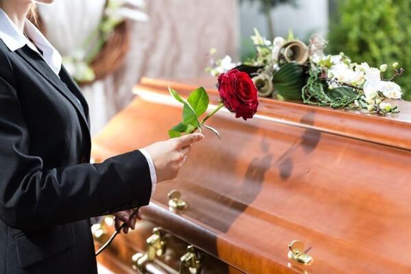 Blumen zur Beerdigung